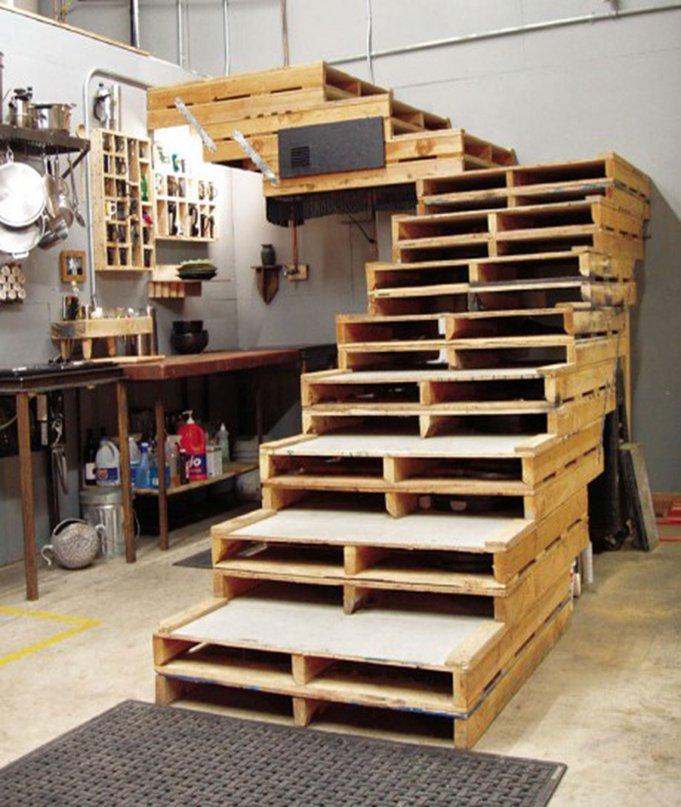 decoracion con palets escaleras