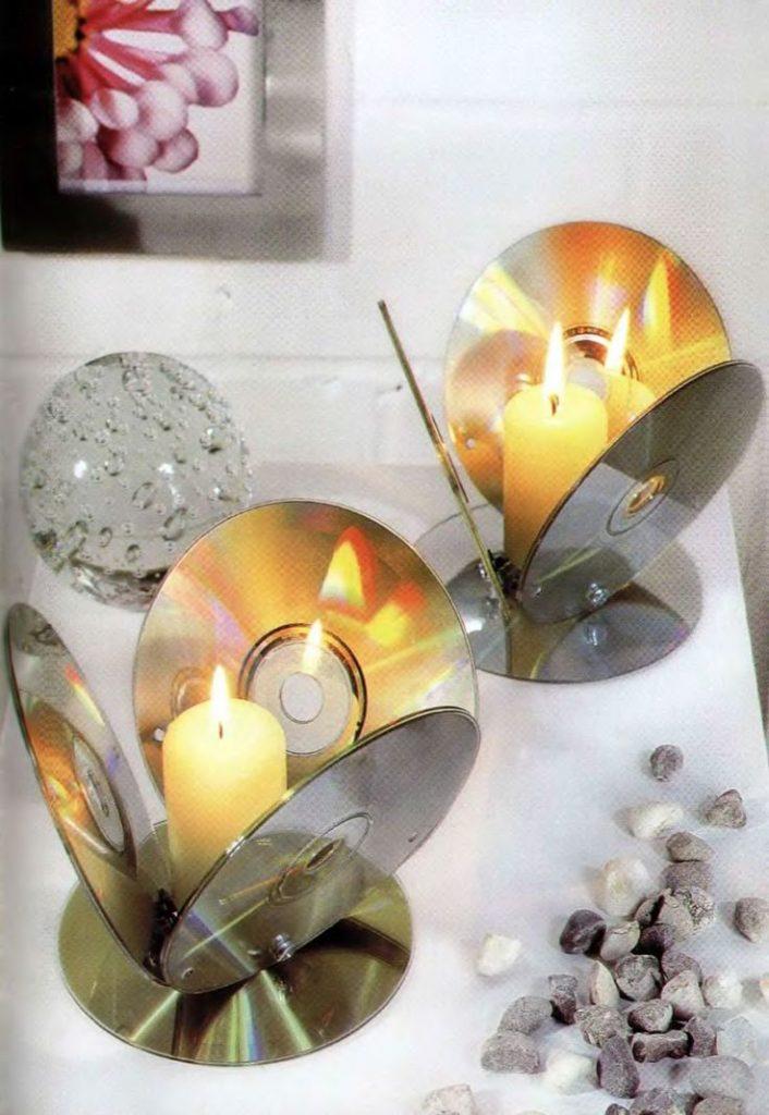 Portavelas hecho con CD reciclados - La Tienda Home